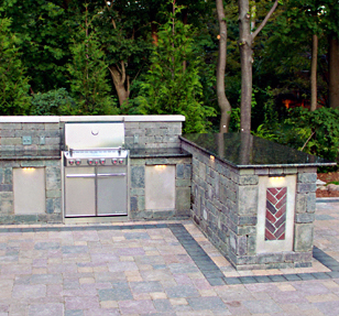 Courtyard Stone & Landscape Stone Grill